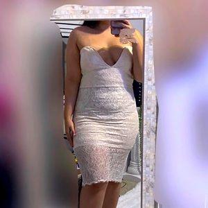 Tan bodycon lace dress